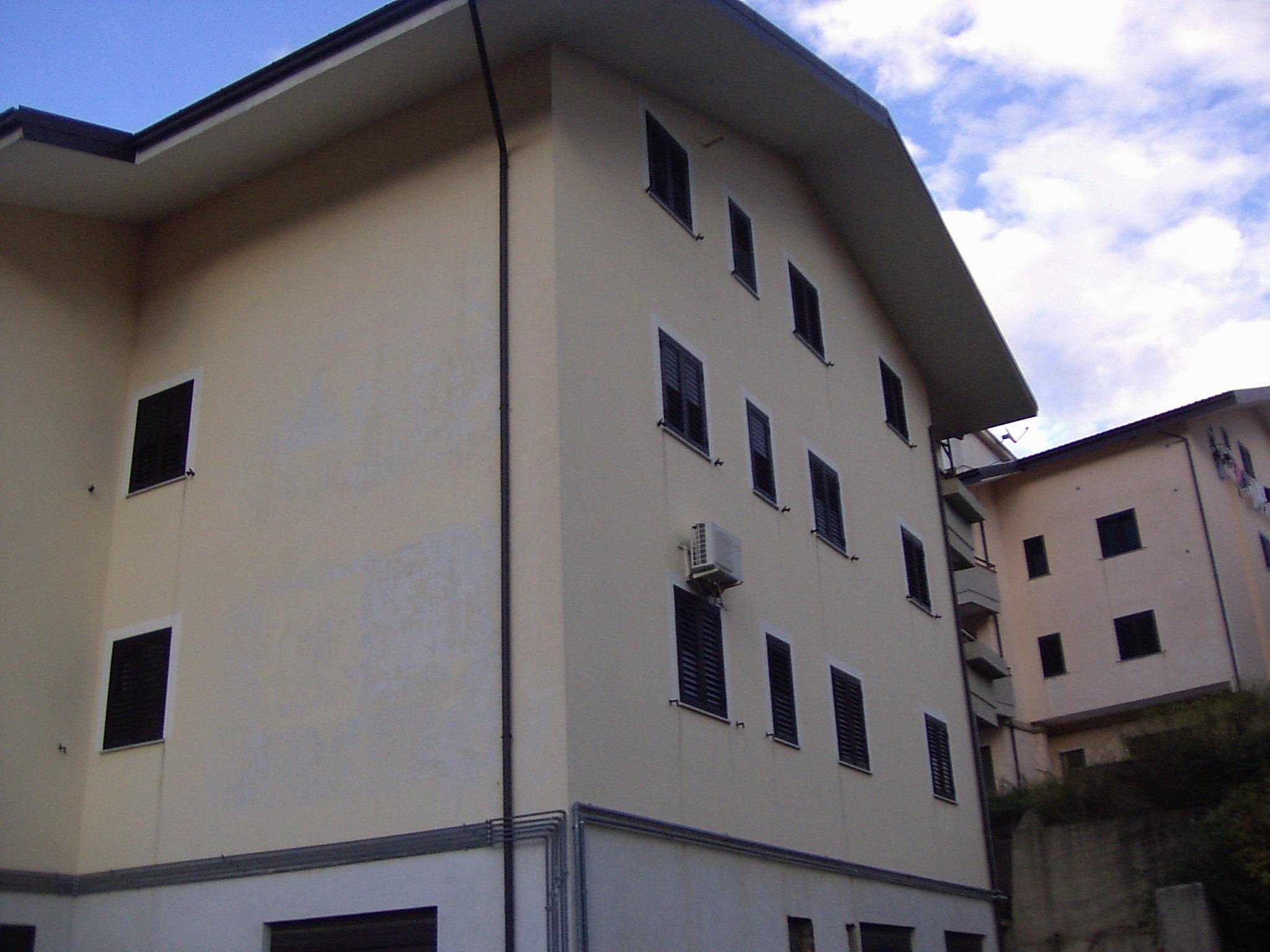Abitazione di Tipo Civile all'asta a Cosenza - foto 1